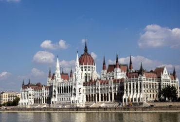 Węgry, Budapeszt – Zakole Dunaju
